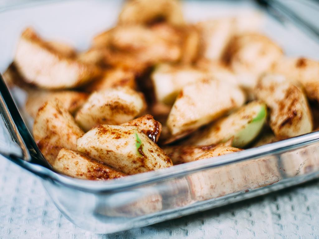 Baked Apple Cinnamon Crisp