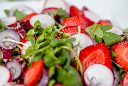 Strawberry and Radish Salad