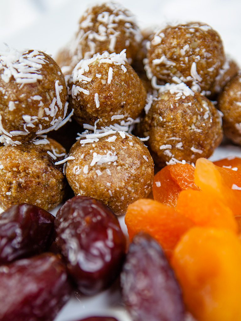 Raw Vegan Date and Apricot Energy Balls