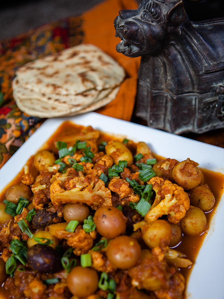 Vegan potato and cauliflower curry healthy food vegan potato and cauliflower curry forumfinder Image collections