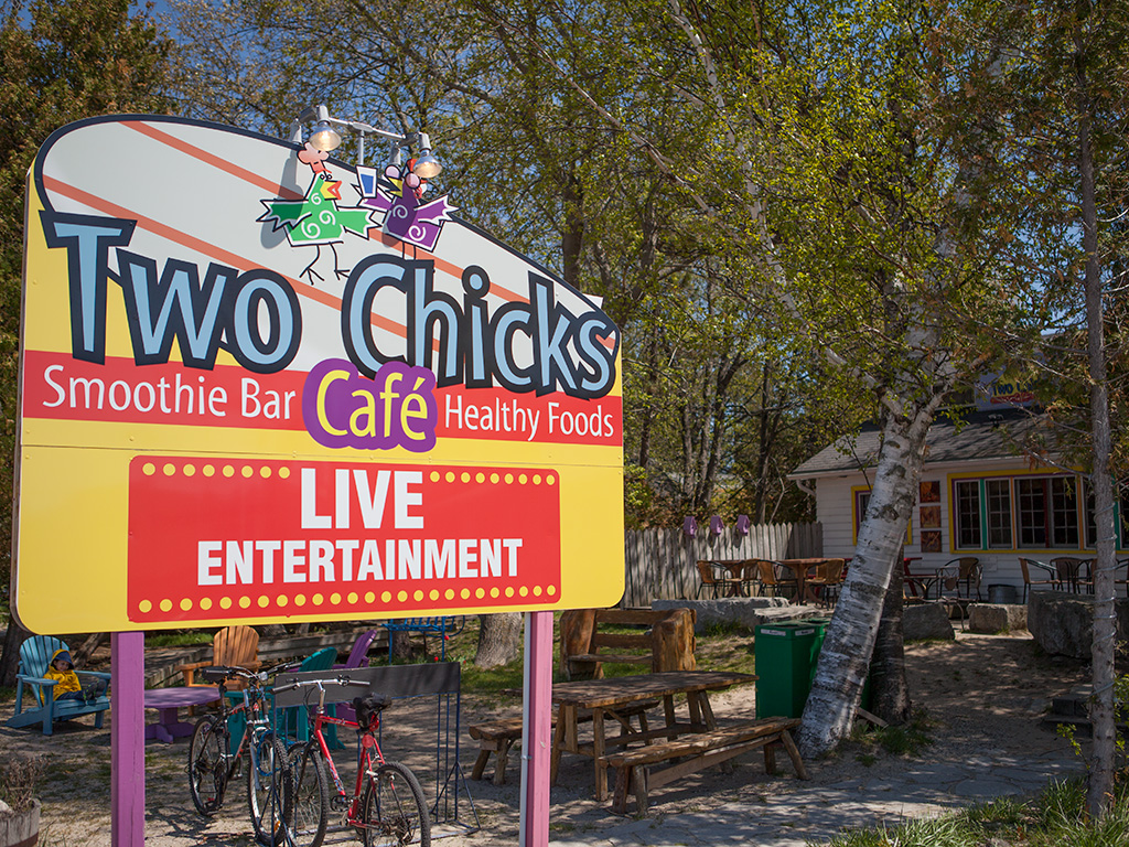 Two Chicks Cafe Sauble Beach