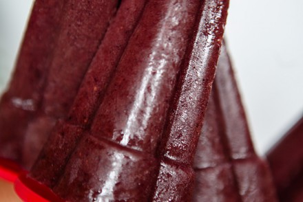Berry Spinach Popsicles