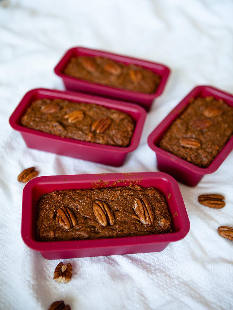 Vegan Mini Carrot Cakes