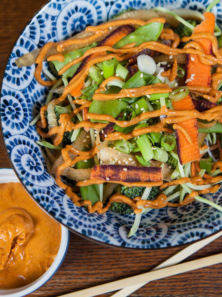 Quinoa Veggie Salad Bowl with Spicy Peanut Sauce