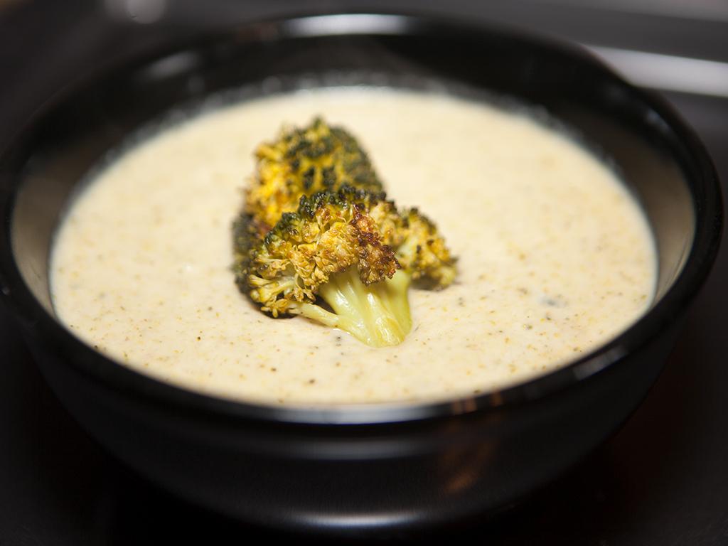 Vegan Creamy Cauliflower and Broccoli Soup