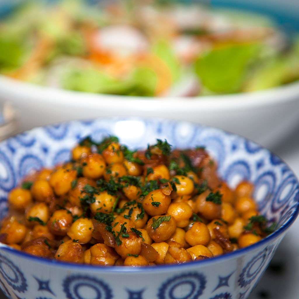 Vegan Maple Sriracha Chickpea Salad