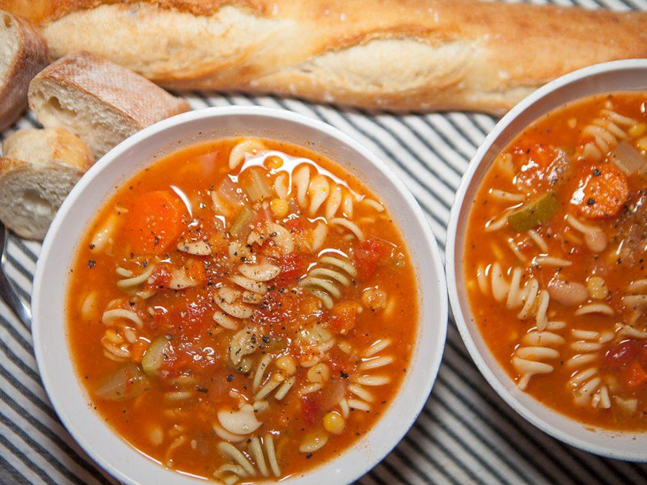 vegan-noodle- vegetable-soup